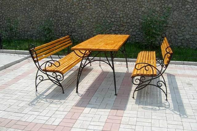 Самая популярная металлическо-деревянная конструкция