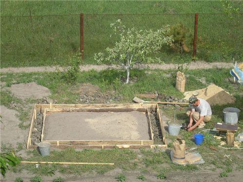 Делаем плиточный фундамент