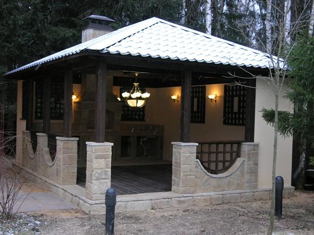 Фото капитальной постройки с мангалом
