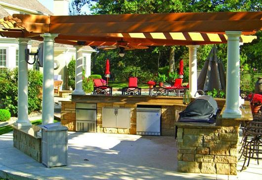 Летняя кухня - обязательный дачный элемент