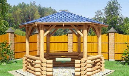Решетчатая деревянная простая беседка