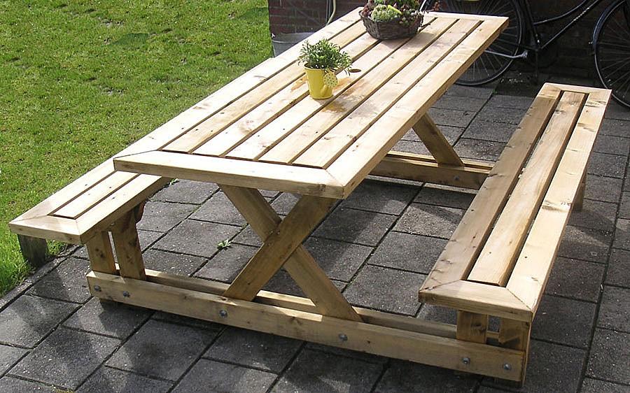 Сделать стол для дачи из дерева своими руками фото