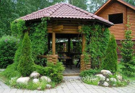 Деревянная беседка для сада