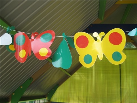 Гирлянда на веранду в детском саду