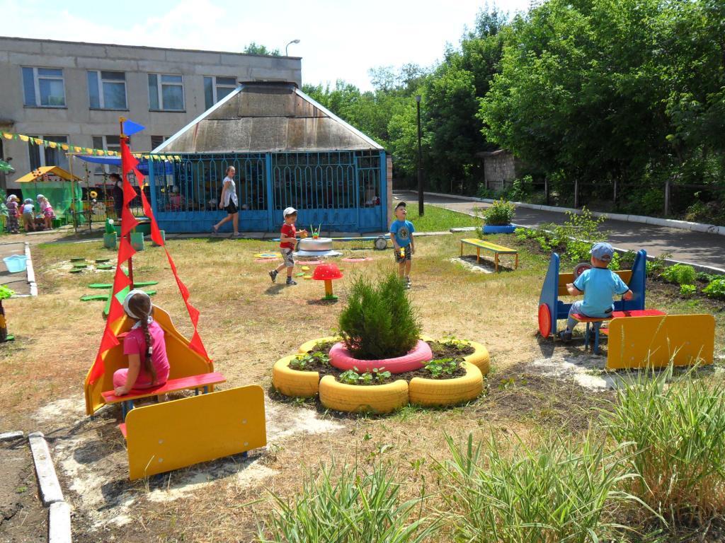 Оформление территории детского сада