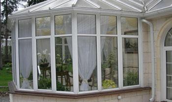 Эркерные окна на веранде