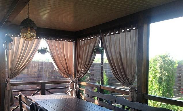 Льняные шторы для террасы.
