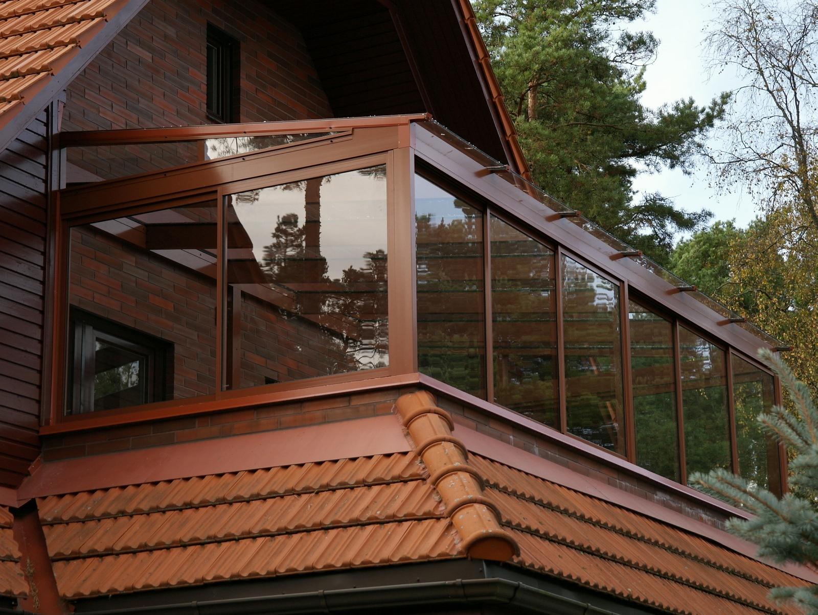 Дома с балконами и террасами: выбираем проект, воплощаем в ж.