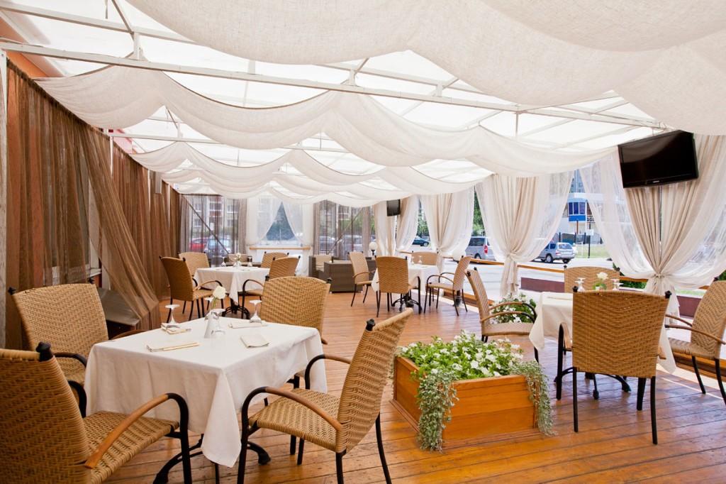 Ресторан для свадьбы с верандой