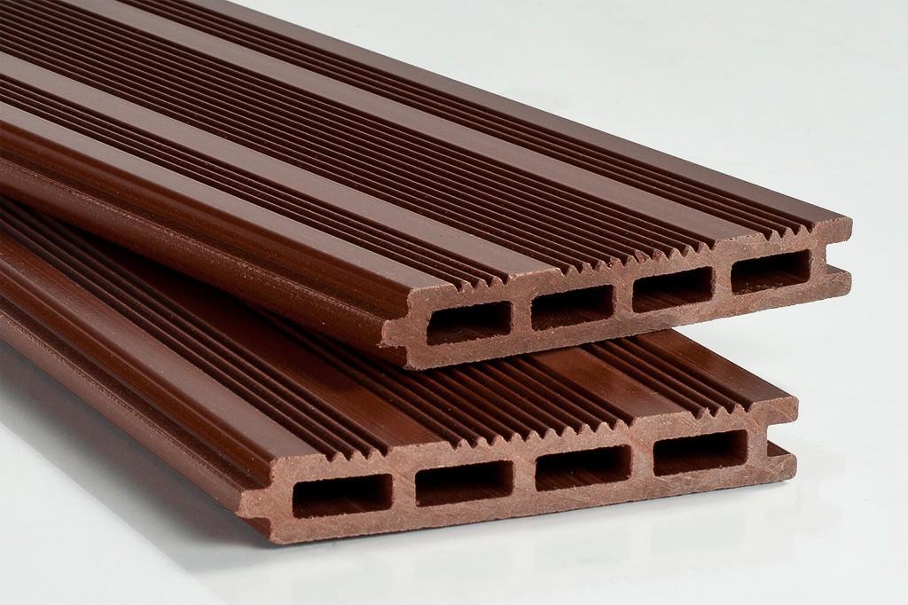 Полимерно-деревянная доска для террас с пазогребневым соединением