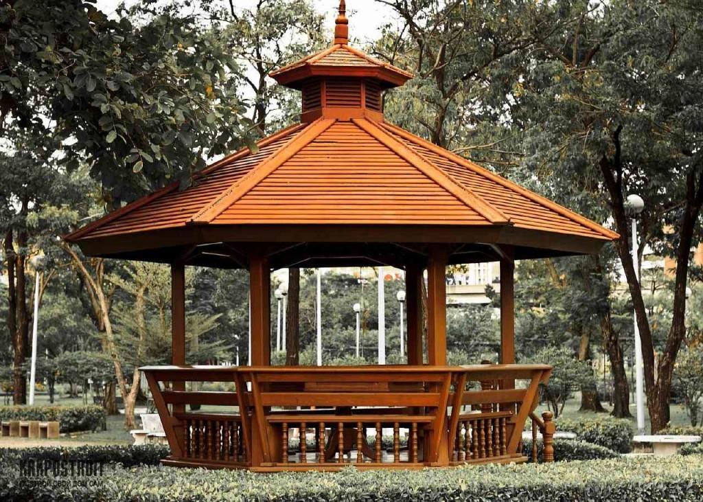 Беседка с двухъярусной крышей, в китайском стиле