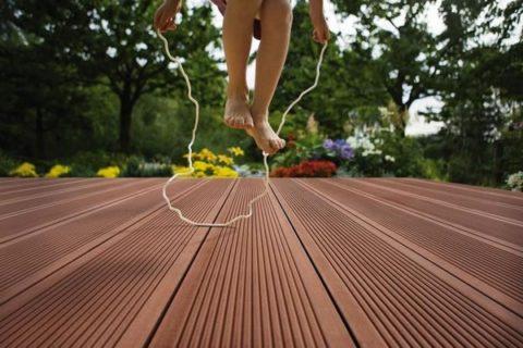 По такому полу можно бегать, прыгать, устанавливать на него мебель