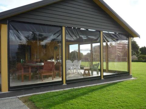 Как застеклить террасу на даче мягкими окнами