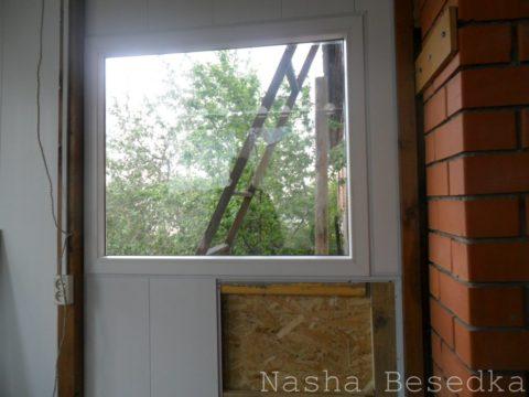 Облицовка под окном