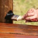 Как и чем покрыть деревянный пол в беседке