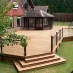 Террасная доска: как украсить свой дворик