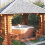 Мини-бассейн под крышей – тоже отличное место для отдыха и релаксации