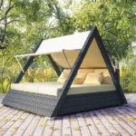 Беседка-кровать – необычное мобильное сооружение