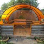 Крыша из поликарбоната для деревянной беседки