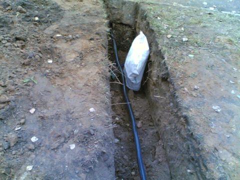 Прокладка кабеля согласовывается с Энергонадзором