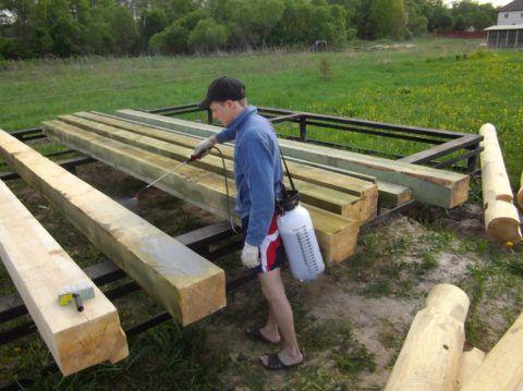 Обработка деревянных столбов