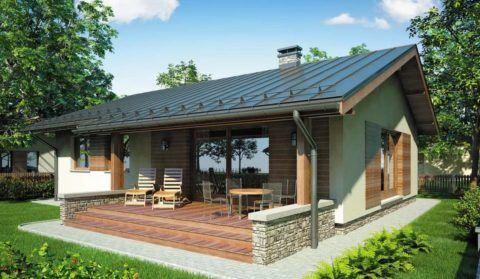 Дом с открытой верандой перед входом располагает к отдыху