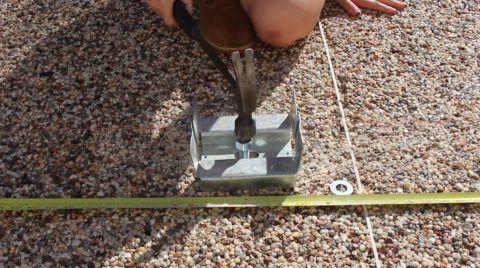 Строительство веранд и пристроек: монтаж скобы
