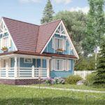 Одинаковая отделка цоколя визуально связывает дом с террасой