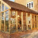 Деревянные конструкции отлично впишутся в различные стили кантри