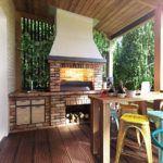 Летняя кухня предъявляет особые требования к отделочным материалам