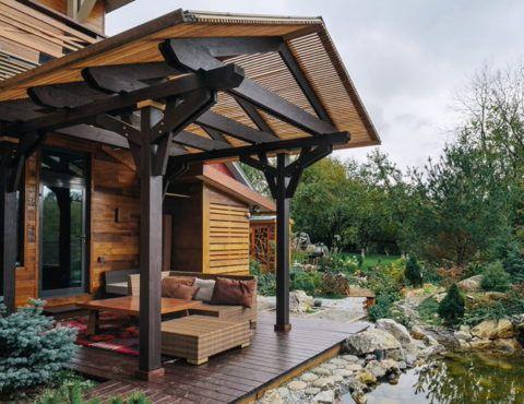 Деревянный дом – деревянная веранда