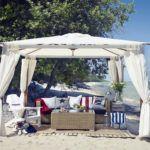При необходимости садовый шатер можно взять с собой в поездку к морю