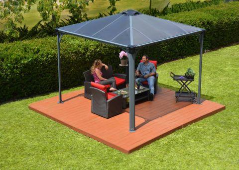 Подиум для фиксации летнего шатра с крышей из поликарбоната