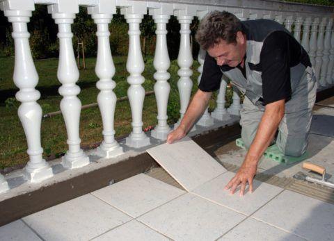 Укладка керамогранита на бетонное основание
