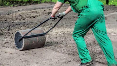 Удобный и эффективный инструмент – внутрь наливается вода