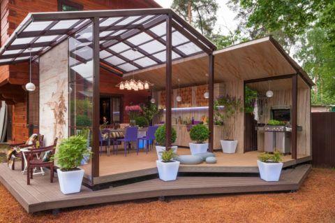 Легкая конструкция из алюминия и стекла