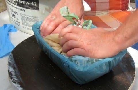 Подготовка формы к обкладке раствором